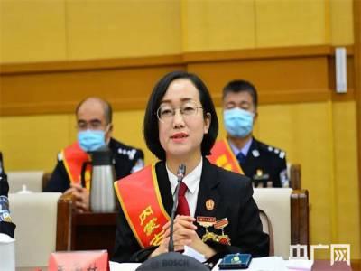 """""""法官妈妈""""王爱林:用心践行人民法官的神圣使命"""